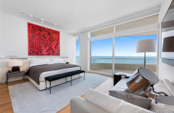 3315 Collins Ave #14B