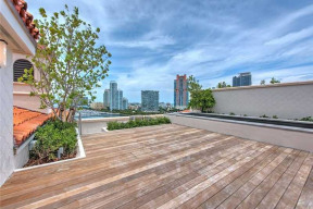 7001 Fisher Island Drive #PH1