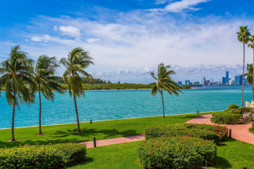 2226 Fisher Island Dr #3206