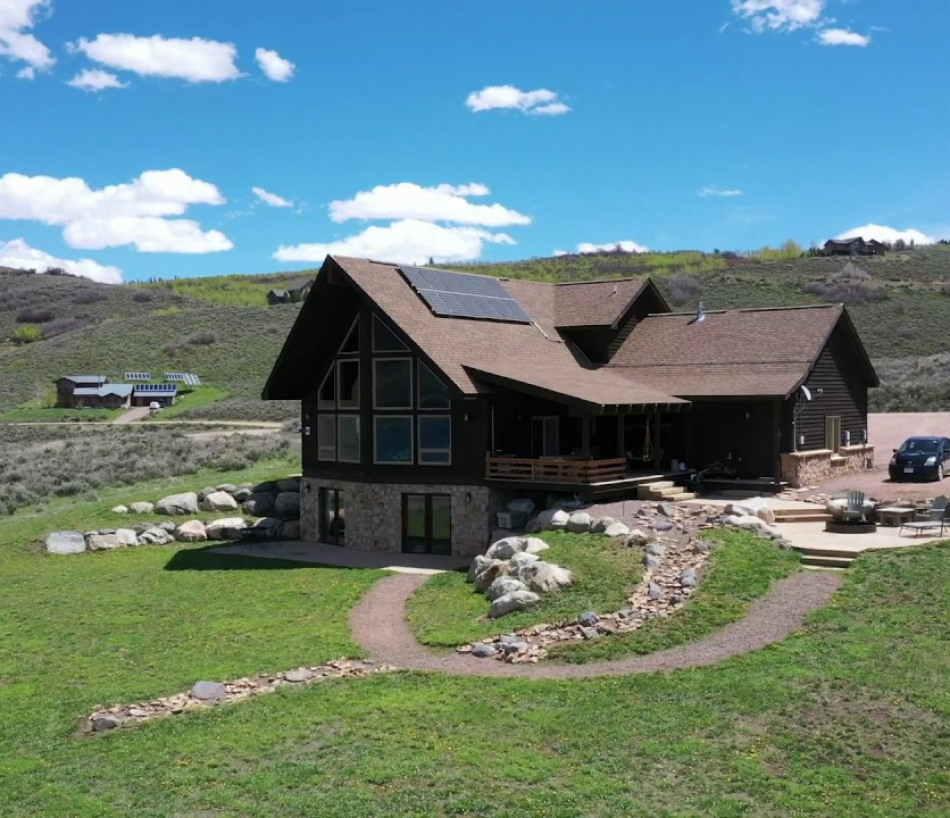 Ultimate VIEWS Over Stagecoach Lake near Steamboat