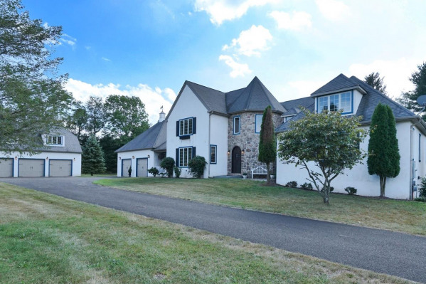 1071 Deer Run Road, Ottsville PA