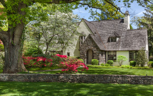 4 The High Road, Bronxville, NY 10708