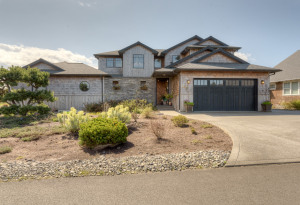 487 Lanthorn LN, GEARHART, OR