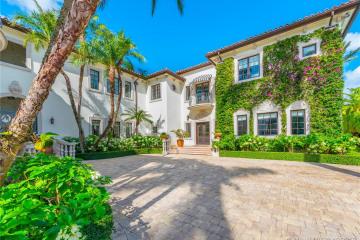 Home for Sale at 1401 W 27th St, Miami Beach FL 33140