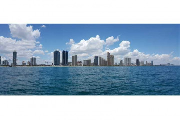 Home for Rent at 16699 Collins Ave #2007, Sunny Isles Beach FL 33160
