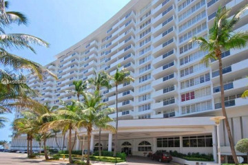 Home for Sale at 100 Lincoln Rd #524, Miami Beach FL 33139