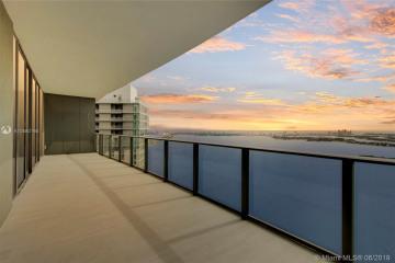 Home for Sale at 650 NE 32 St #PH5102, Miami FL 33137