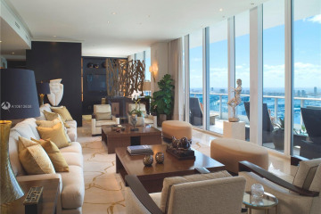 Home for Sale at 200 Biscayne Boulevard Way #5203/5207, Miami FL 33131