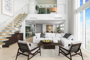 Home for Sale at 1040 Biscayne Blvd #2704, Miami FL 33132