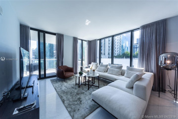 Home for Sale at 1010 Brickell Ave #1405, Miami FL 33131