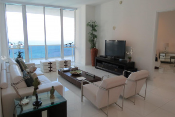 Home for Sale at 15811 Collins Ave #3503, Sunny Isles Beach FL 33160