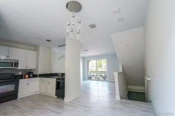 Home for Sale at 27 NW 4th Ave #27, Delray Beach FL 33444