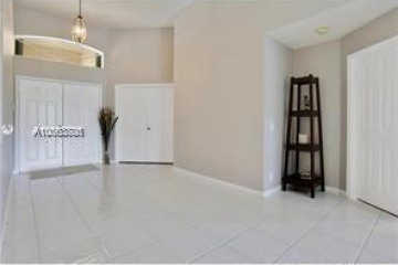 Home for Rent at 2883 Oakbrook Dr, Weston FL 33332