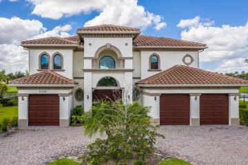 Home for Sale at 10380 S Barnsley Dr, Parkland FL 33076