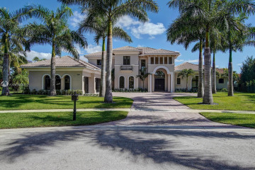 Home for Sale at 10691 Hawks Vista St, Plantation FL 33324