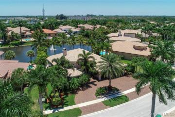 Home for Sale at 10240 Key Plum St, Plantation FL 33324