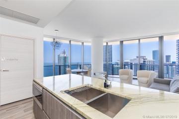 Home for Sale at 801 S Miami Ave #4804, Miami FL 33130