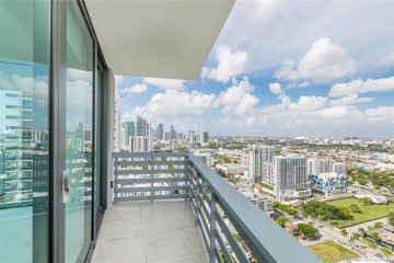 Home for Sale at 460 NE 28th St #3308, Miami FL 33137