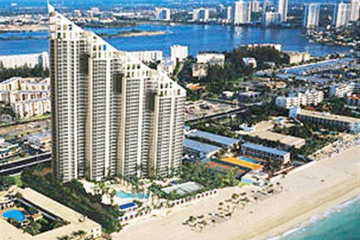 Home for Sale at 17555 Collins Ave #2702, Sunny Isles Beach FL 33160