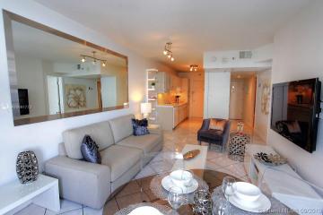 Home for Sale at 100 Lincoln Rd #638, Miami Beach FL 33139