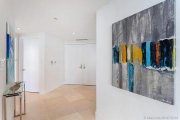 Home for Sale at 1331 Brickell Bay Dr #1511, Miami FL 33131
