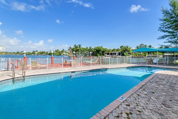 Home for Sale at 4730 Pine Tree Dr #15, Miami Beach FL 33140