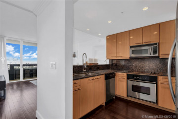 Home for Rent at 3350 SW 27th Ave #1906, Miami FL 33133