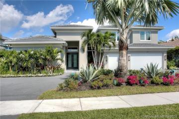 Home for Sale at 10181 Key Plum St, Plantation FL 33324