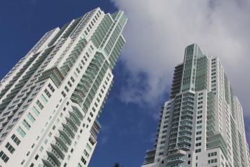 Home for Sale at 253 NE 2nd St #2909, Miami FL 33132