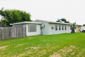 Home for Sale at 18940 Belmont Dr, Cutler Bay FL 33157