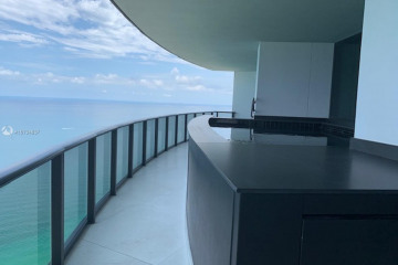 Home for Sale at 18555 Collins Ave #4305, Sunny Isles Beach FL 33160