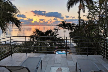 Home for Sale at N 3523 Bay Homes, Coconut Grove FL 33133
