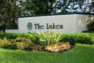 Home for Rent at 613 Lake Blvd, Weston FL 33326
