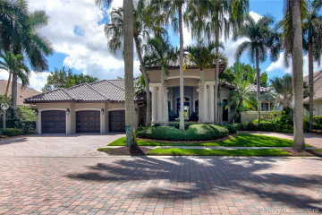 Home for Sale at 2538 Royal Palm Way, Weston FL 33327
