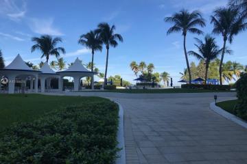 Home for Sale at 5161 Collins Ave #812, Miami Beach FL 33140
