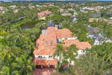 Home for Sale at 406 Mariner Dr, Jupiter FL 33477