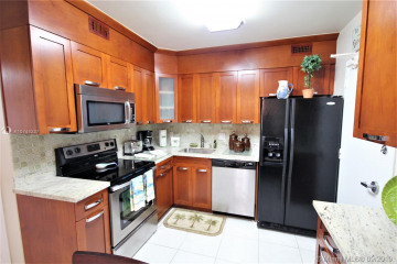 Home for Rent at 5151 Collins Ave #428, Miami Beach FL 33140