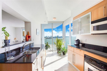 Home for Sale at 335 S Biscayne Blvd #1909, Miami FL 33131