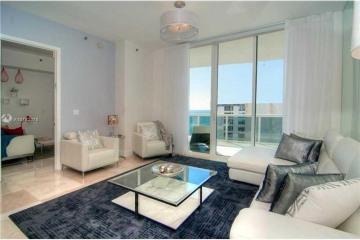 Home for Sale at 15811 Collins Ave #802, Sunny Isles Beach FL 33160