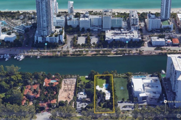 Home for Sale at 4333 Pine Tree Dr, Miami Beach FL 33140
