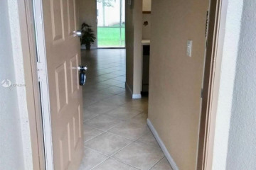 Home for Rent at 1200 SW 124th Ter #103O, Pembroke Pines FL 33027