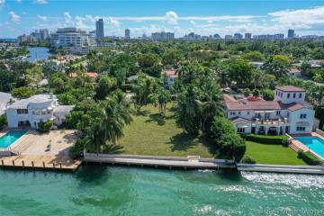 Home for Sale at 4766 N Bay Rd, Miami Beach FL 33140