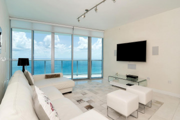 Home for Sale at 17001 Collins Ave #2305, Sunny Isles Beach FL 33160