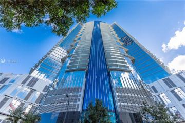 Home for Rent at 851 NE 1st Ave #3410, Miami FL 33132