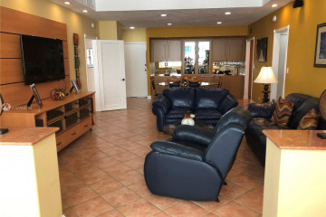 Home for Sale at 5005 Collins Ave #1524, Miami Beach FL 33140