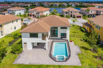 Home for Rent at 10380 S Barnsley Dr #10380, Parkland FL 33076
