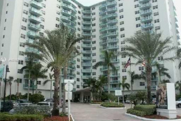 Home for Sale at 3901 S Ocean Dr #7S, Hollywood FL 33019