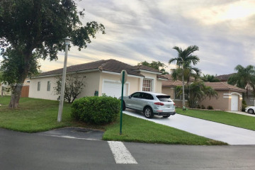 Home for Sale at 8734 SW 213 Te, Cutler Bay FL 33189