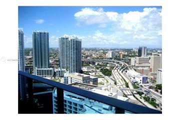 Home for Sale at 200 Biscayne Boulevard Way #3514, Miami FL 33131