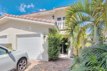 Home for Rent at 3065 Ohio St #3065, Miami FL 33133
